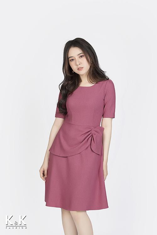 Đầm công sở hồng peplum KK85-16